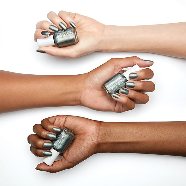 ESSIE enamel spring 2019 reign check on all hands